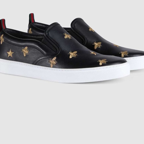 aea77f70ce89 Gucci Leather slip on Sneakers with Bees(unisex)